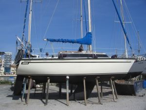 Dufour 2800 Sailing Yacht